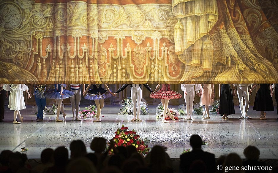 Matvienko gala in St Petersburg Curtain Call